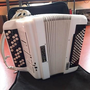 Location accordéon standard AMO
